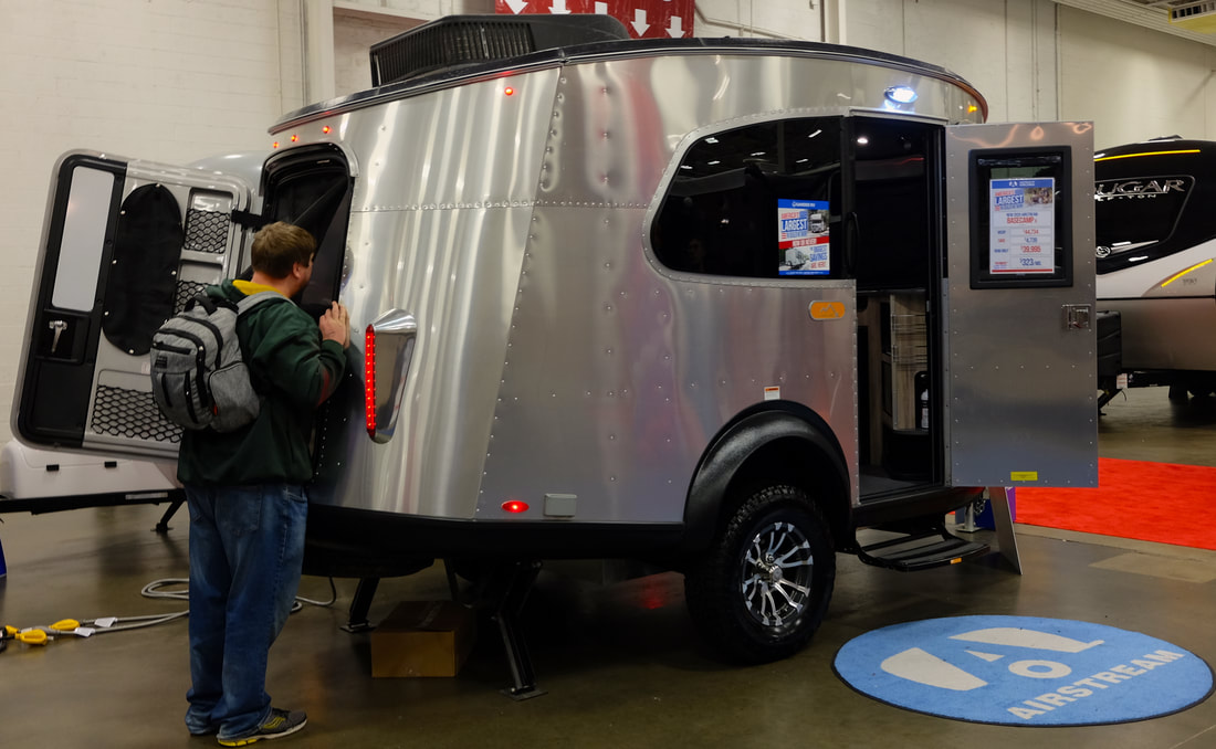 Picture Two-door Airstream Basecamp